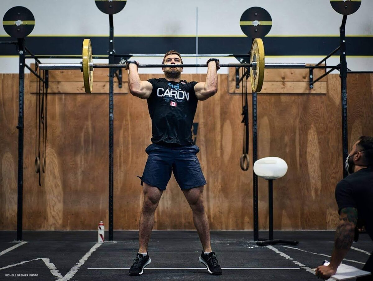 athlete performs hero crossfit workouts