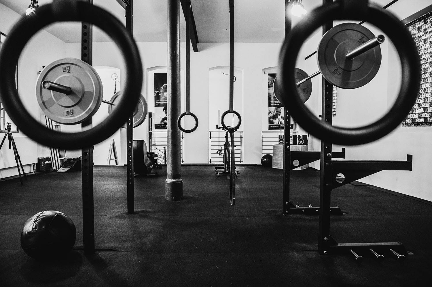 Build Your own Garage Gym: Must-Have Equipment
