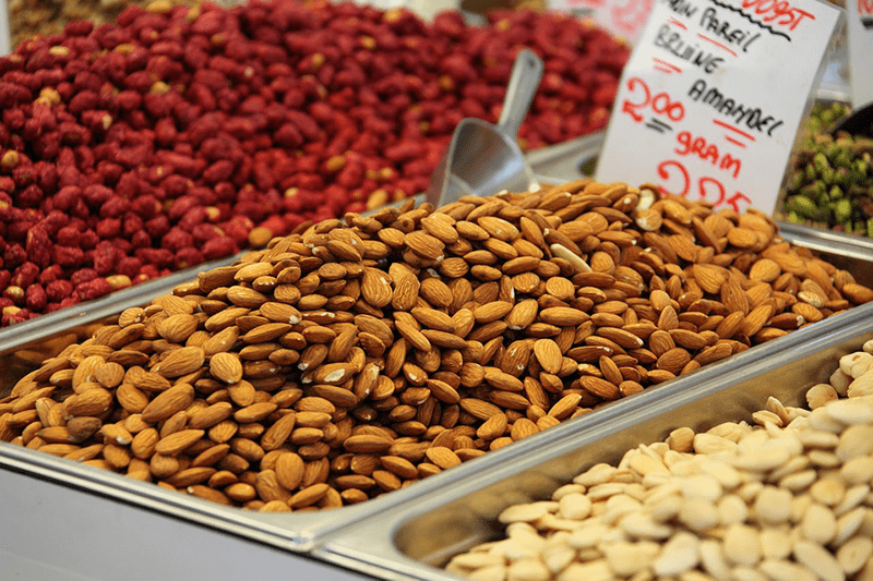 superfoods almonds nuts