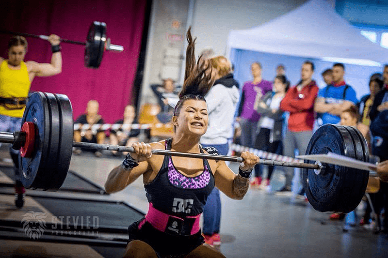 female crossfit athlete barbell lift visualisation