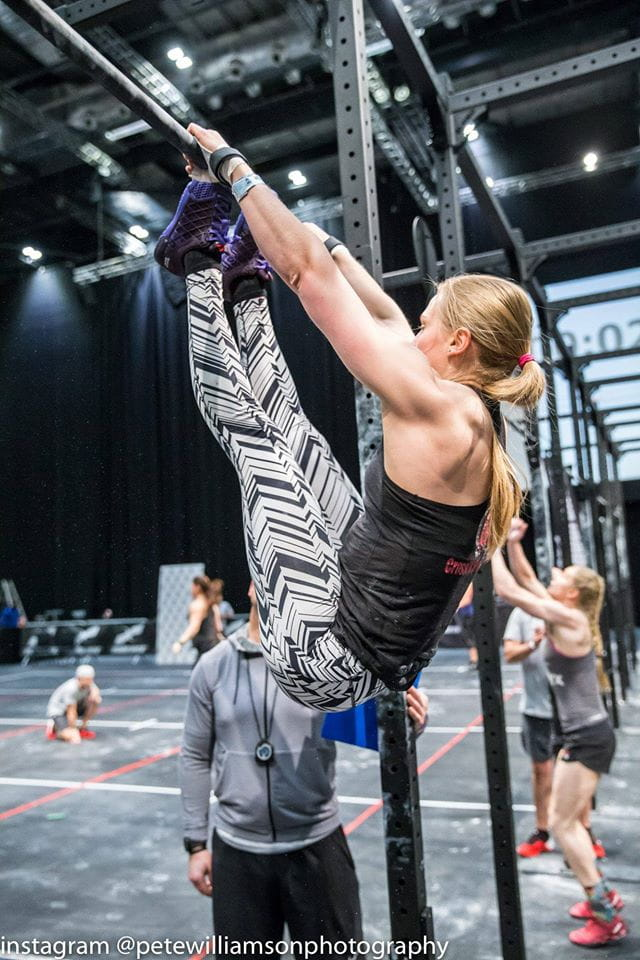 thuridur helgadottir toes to bar solid core in crossfit