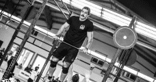 male crossfitter bar muscle up nutritional basis