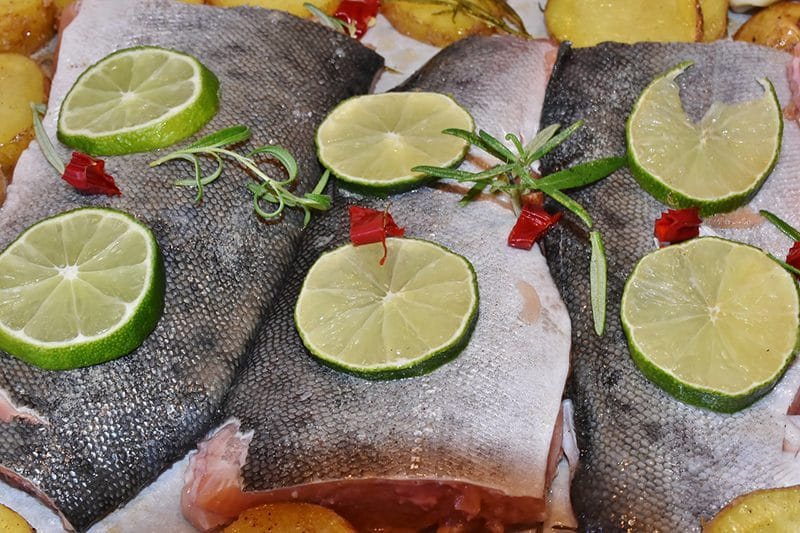 salmon lime on plate healthy eating