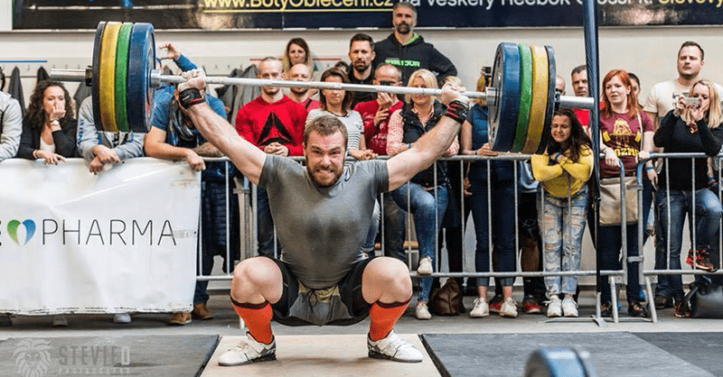 male crossfitter snatch lift testosterone