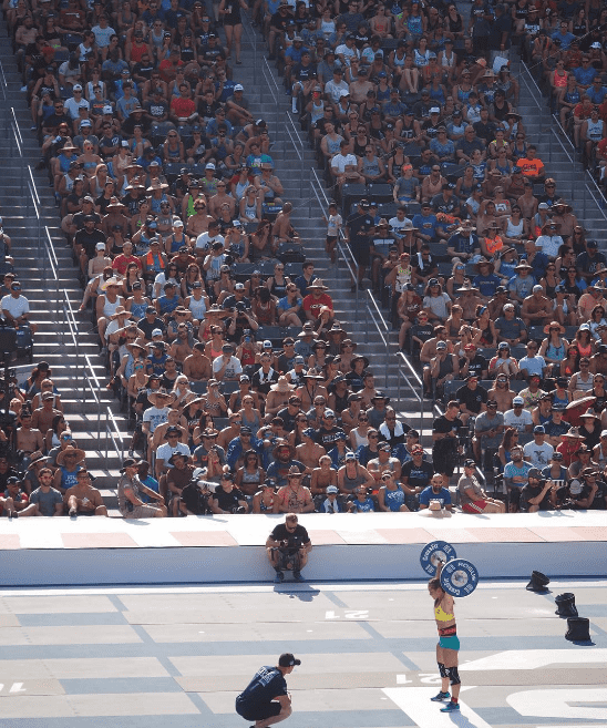 camille leblanc-Bazinet lifting at 2016 crossfit games
