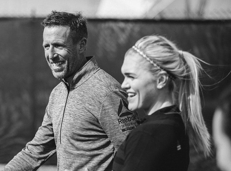 Chris Hinshaw and Katrin Davidsdottir running