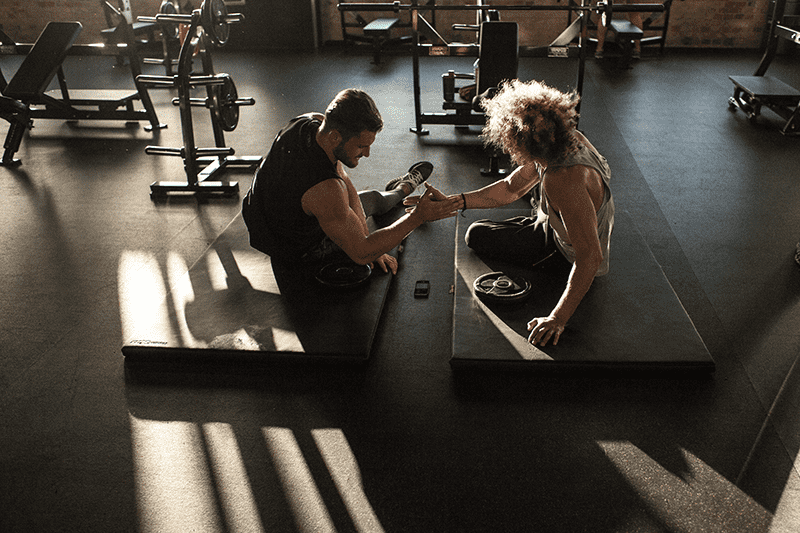 freeletics athletes working out in gym