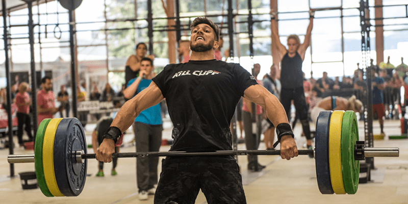 Snatch lift crossfit athlete