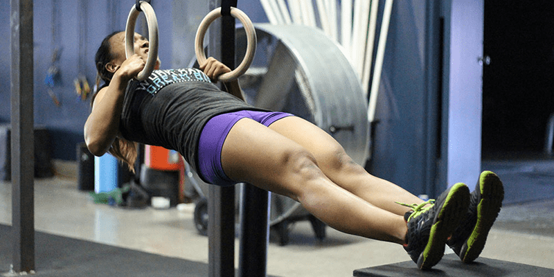 crossfit performance ring rows female crossfitter