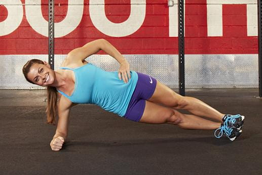 crossfit girl side plank exercise