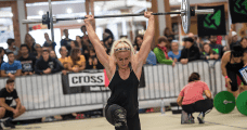 2017 Crossfit open sara sigmundsdottir exercises walking lunges
