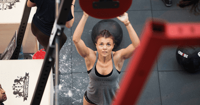 discipline crossfit athlete wall balls