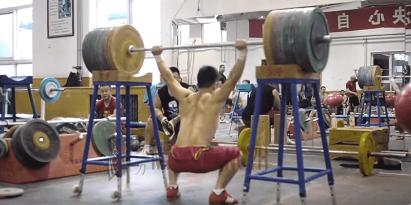 WEIGHTLIFTING NEWS – Long De Cheng Clean and Squat Jerks 170 kg (3 Times his Bodyweight!)