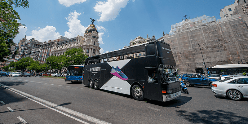 Nike Metcon Showdown Bus Driving in Berlin