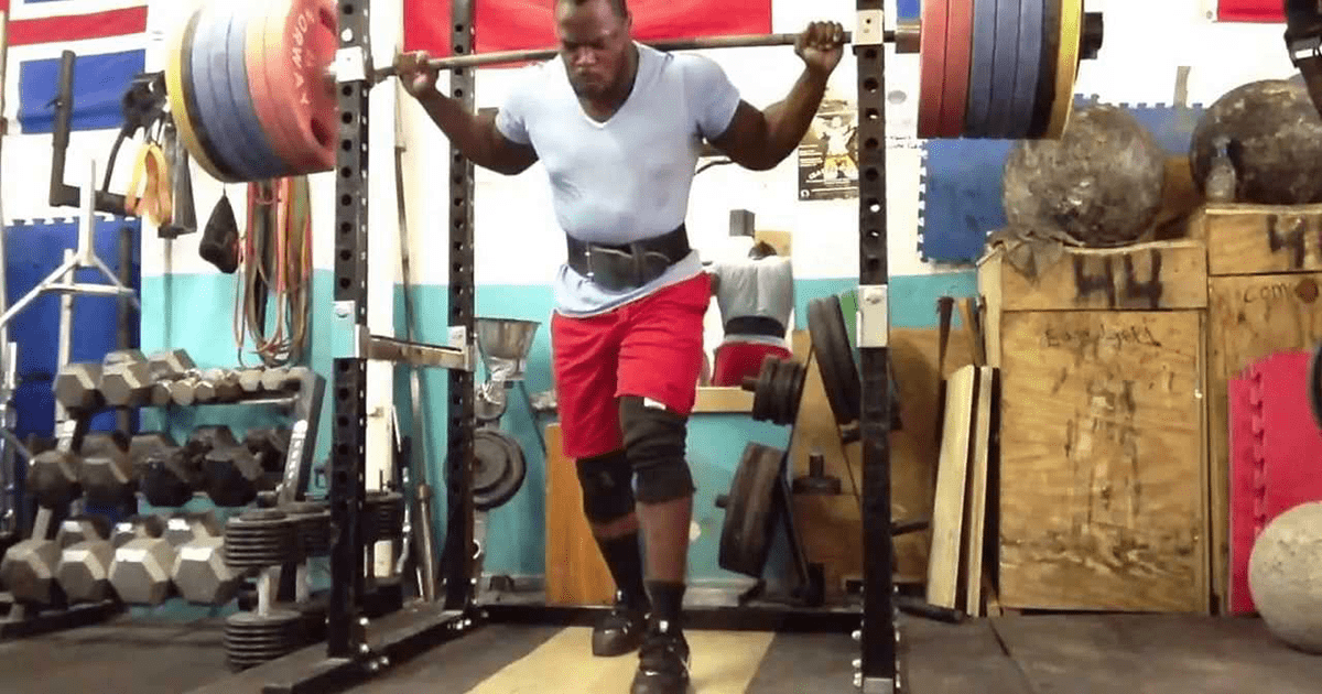 NEW WORLD RECORD – 377.5 kg (832 lbs) Back Squat by Kevin Oak