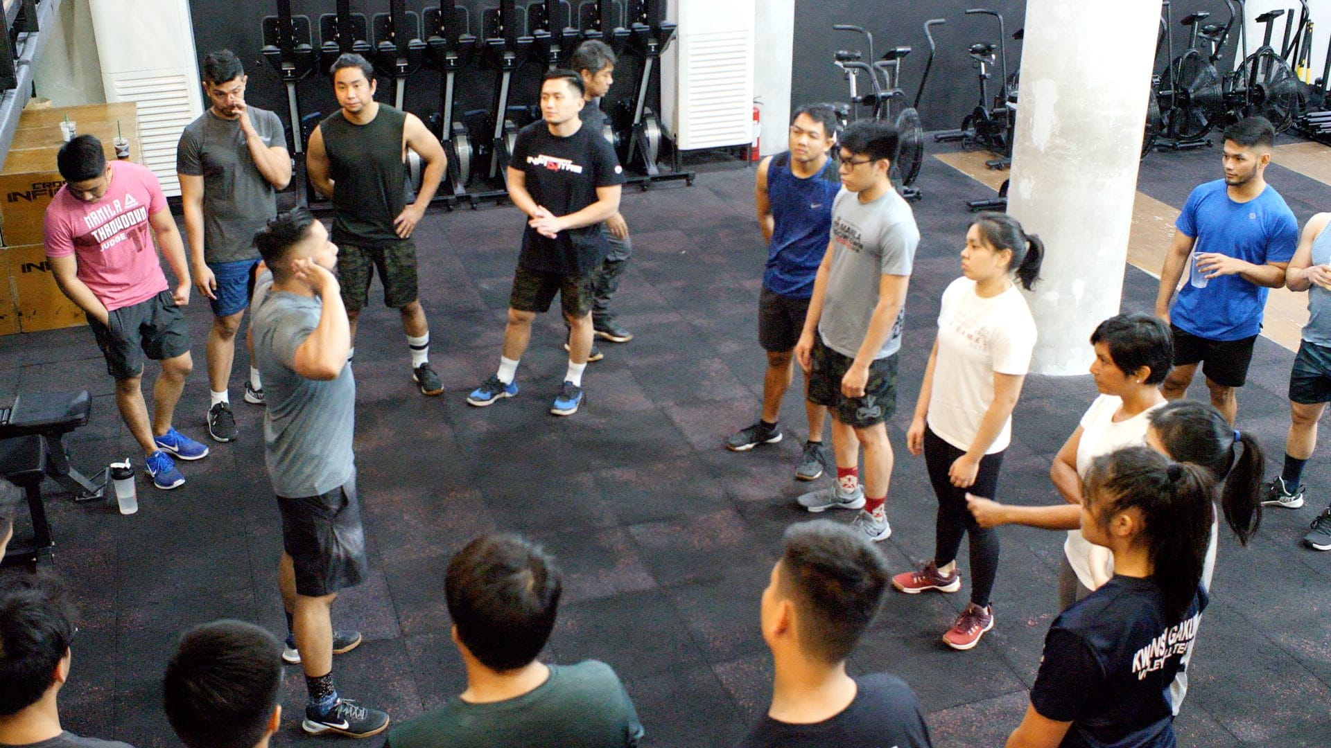 VIDEO – Out of The Box: CrossFit in Manila, The Philippines