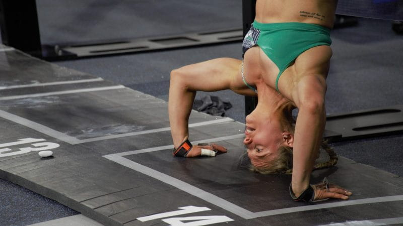 mary gymnastics shoulder workouts