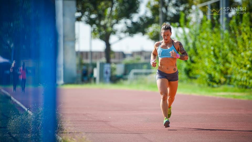 running crossfit athlete