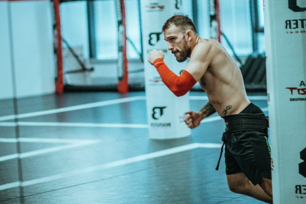 What can CrossFit Athletes Learn from Bodybuilding?