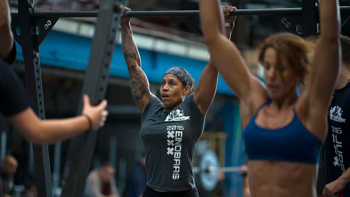Toes to Bar WODs with athletes
