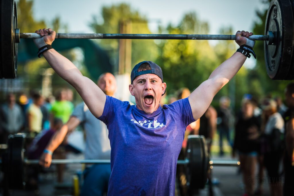 athlete happy after hitting lift at crossfit